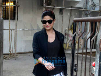Alia Bhatt, Ameesha Patel and others snapped at Kromakay in Juhu