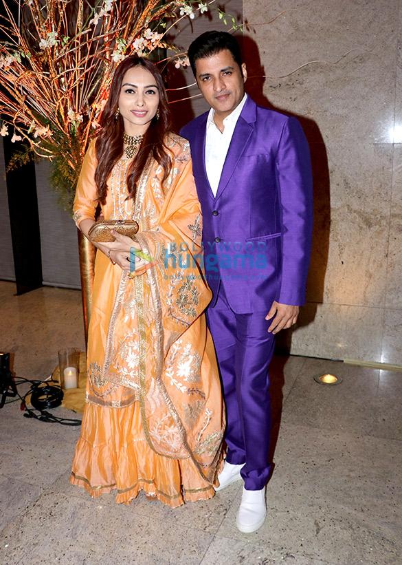 Celebs grace Alka Yagnik's daughter Syesha Kapoor's wedding reception (11)