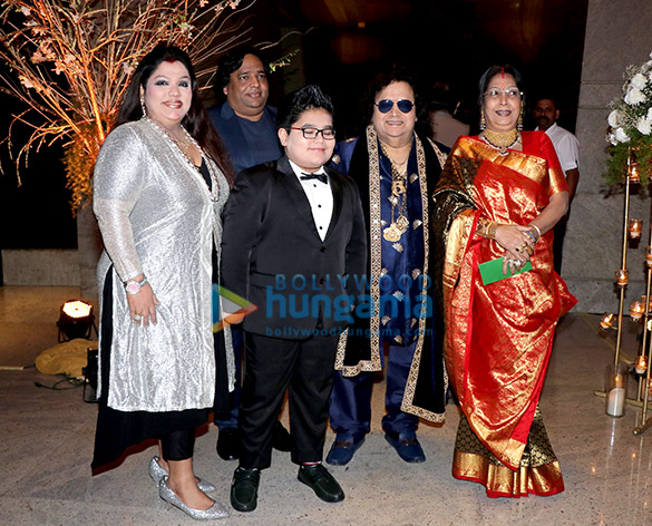 Celebs grace Alka Yagnik's daughter Syesha Kapoor's wedding reception (8)