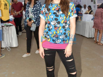 Farah Khan and Krishna Shroff and others at St Teresa Boys School for World Pet Adoption 2018