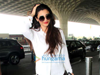 Hrithik Roshan, Shraddha Kapoor, Daisy Shah and others snapped at the airport