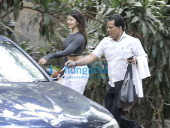 Jacqueline Fernandez spotted after dance class in Bandra