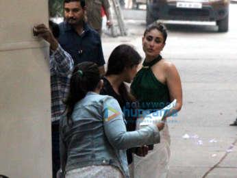 Kareena Kapoor Khan snapped at Mehboob Studios in Bandra