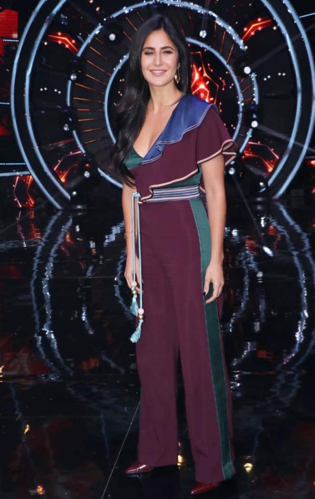 Katrina Kaif in Peter Pilotto for Zero promotions on Indian Idol 10 (3)