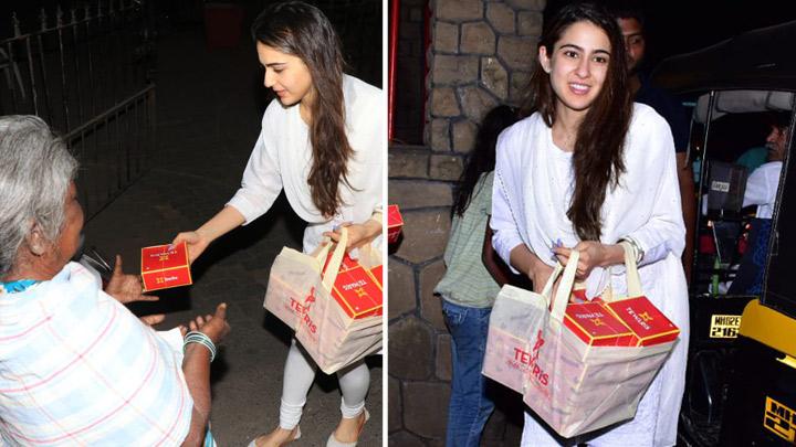 MUST WATCH Sara Ali Khan SERVING Food at Shani Mandir, Juhu