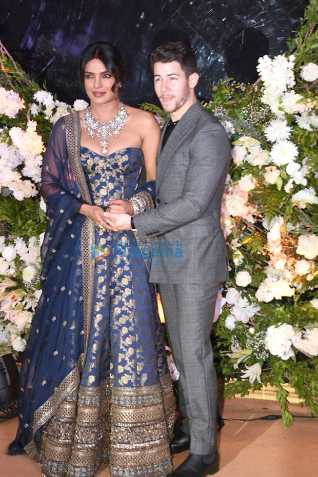 Priyanka Chopra - Nick Jonas Mumbai Reception The couple looks CRAZY IN LOVE in their stunning outfits