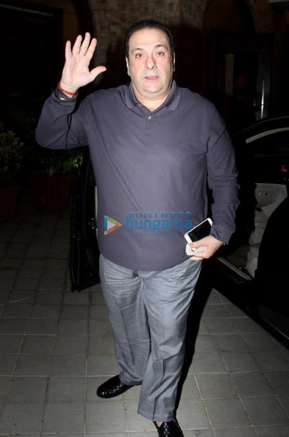 Saif Ali Khan, Kareena Kapoor Khan, Soha Ali Khan and others at Taimur Ali Khan's birthday party in Bandra (2)