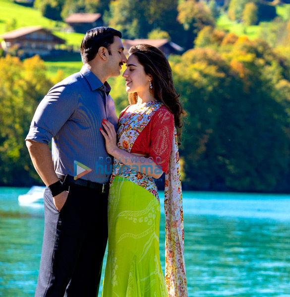 SIMMBA: Ranveer Singh and Sara Ali Khan romance in the Swiss Alps in 'Tere Bin' recreation