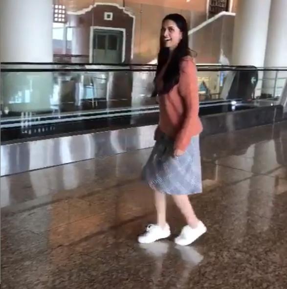 WATCH: Deepika Padukone moonwalks to celebrate 30 million ...