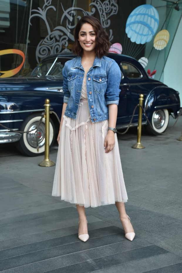 Yami Gautam in Needle and Thread for Uri promotions (3)