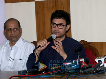 Aamir Khan snapped at Child Obesity awareness event (2)