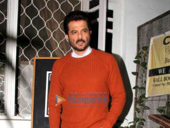 Anil kapoor, Sonam Kapoor Ahuja and Anand Ahuja snapped in Bandra