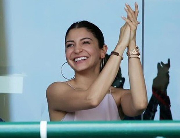 Anushka Sharma cheers for hubby Virat Kohli in Sydney