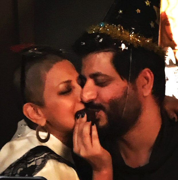Goldie Behl shares a lovey - dovey photo on Sonali Bendre's 44th birthday