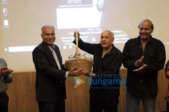 Mahesh Bhatt attends 70 year celebrations of Guru Nanak Khalsa College in Matunga (3)