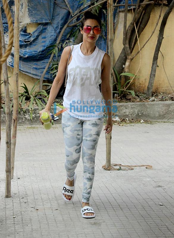 Malaika Arora and Janhvi Kapoor snapped at the gym