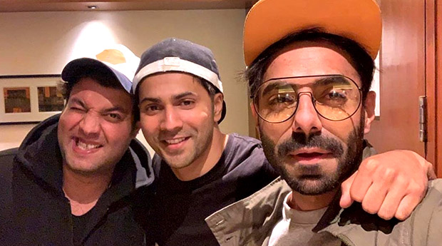PICTURE PERFECT! Varun Dhawan renunites with Dilwale co-star Varun Sharma and Badrinath Ki Dulhania co-star Aparshakti Khurrana in Amritsar