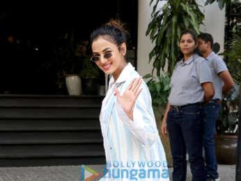 Sonal Chauhan, Kritika Kamra, Krystle DSouza and Athiya Shetty spotted at Soho House in Juhu