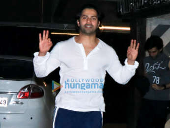 Varun Dhawan spotted at the gym in Juhu
