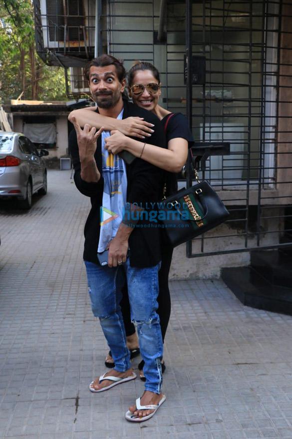 Bipasha Basu and Karan Singh Grover spotted in Juhu (3)