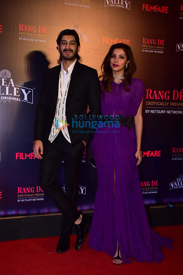 Celebs grace Filmfare Glamour and Style Awards 2019 at JW Marriott in Juhu-002 (11)