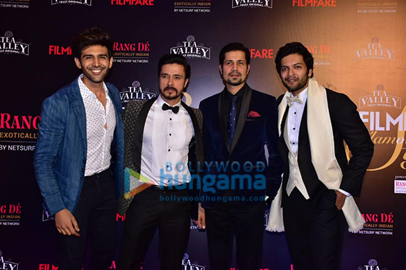 Celebs grace Filmfare Glamour and Style Awards 2019 at JW Marriott in Juhu-002 (22)