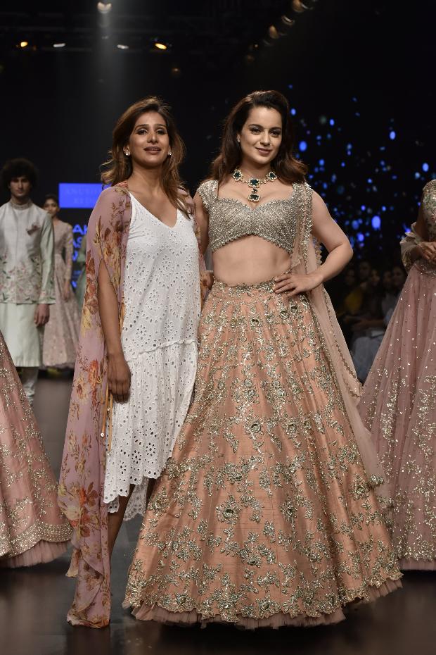 Kangana Ranaut for Anushree Reddy at LFW 2019 Summer_Resort (1)