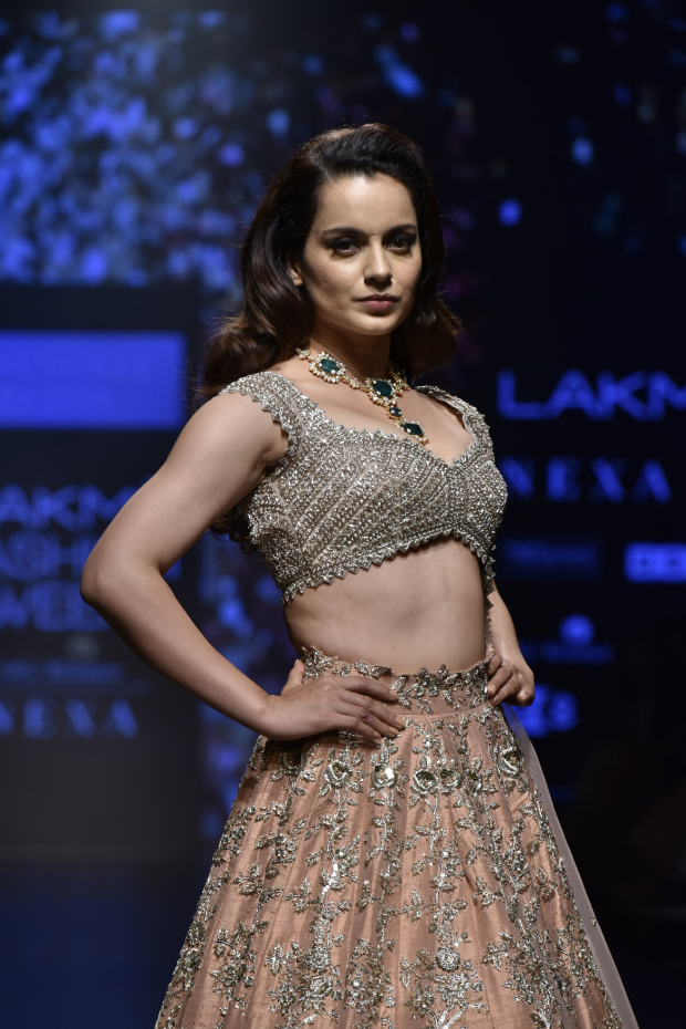 Kangana Ranaut for Anushree Reddy at LFW 2019 Summer_Resort (2)