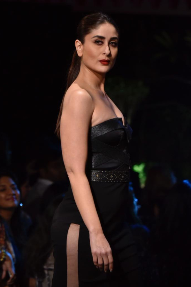 Kareena Kapoor Khan for Shantanu and Nikhil at LFW 2019 Summer_Resort finale (2)