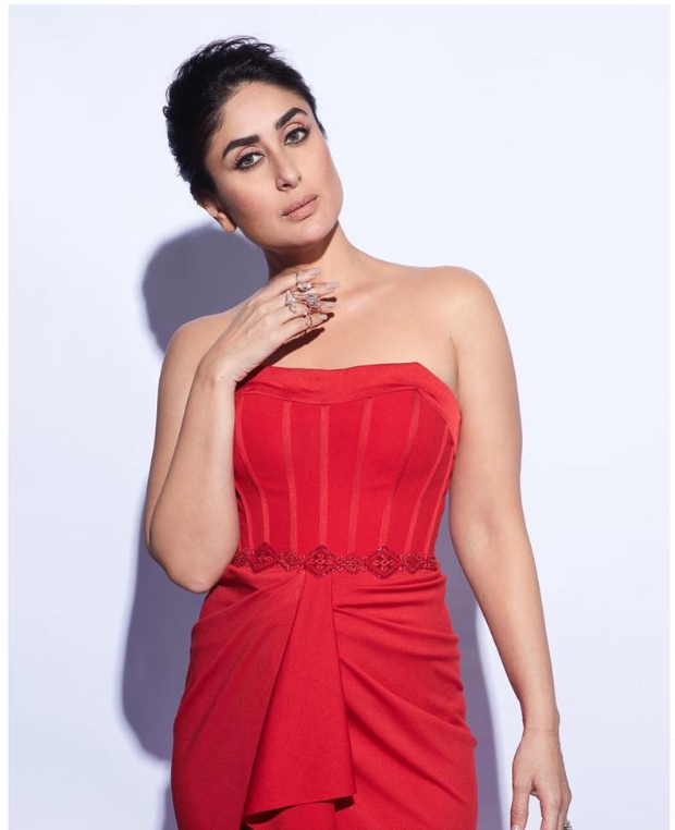 Kareena Kapoor Khan in Shantanu and Nikhil Couture for LFW 2019 Summer_Resort ultimate finale press-con (2)