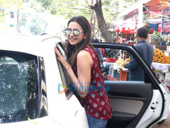 Rakul Preet Singh spotted at the Kitchen Garden, Bandra