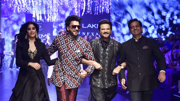 Ranveer Singh, Janhvi Kapoor and Anil Kapoor on RAMP Together as SHOWSTOPPER at LFW Day 4