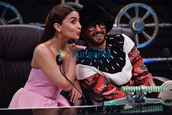 Ranveer Singh and Alia Bhatt promote Gully Boy on Super Dancer Chapter 3 (8)