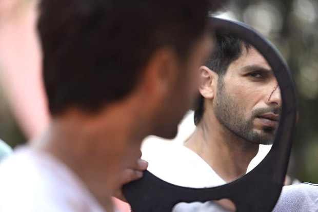 Shahid Kapoor shares a still from Kabir Singh and we can't
