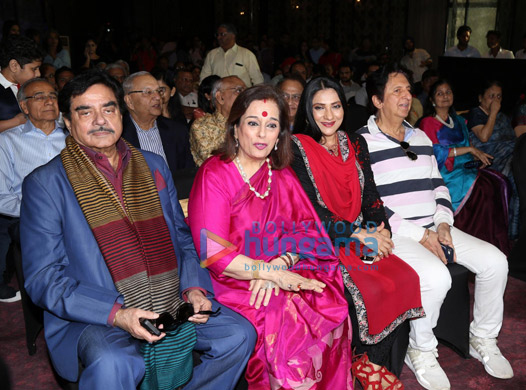 Shatrughan Sinha and Poonam Sinha launch 'A Touch of Evil' by author Dhruv Somani (3)