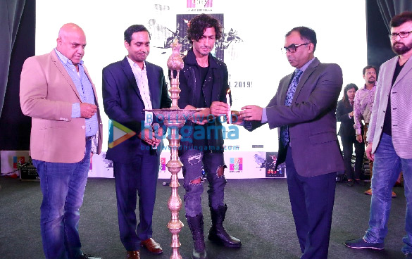 Vidyut Jammwal attends the inauguration of the R-City Art Fest 2019 (2)