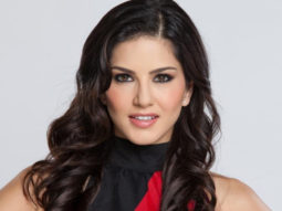 After Malayalam debut with Veeramadevi, Sunny Leone to essay the role of a politician in Tamil film