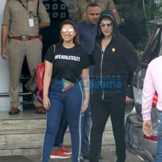 Akshay Kumar and Parineeti Chopra snapped at the airport