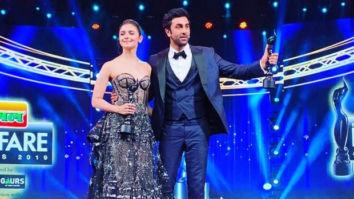 Filmfare Awards 2019: Alia Bhatt says 'I love you' to Ranbir Kapoor as he blushes endlessly
