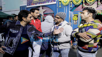 On the sets of the movie Pagalpanti