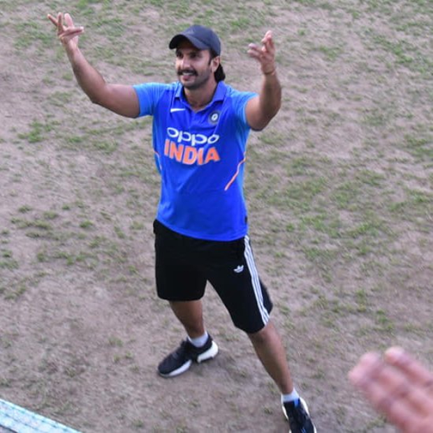 '83: Ranveer Singh greets the crowd while training with Kapil Dev and squad at Dharamshala
