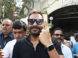 Ajay-Devgan-and-Kajol-cast-their-VOTE-for-Lok-Sabha-Elections