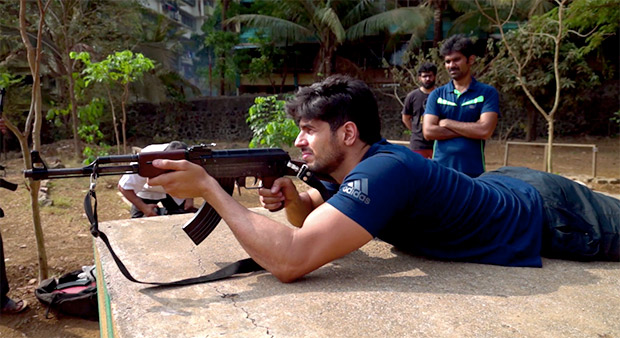 Sidharth Malhotra learns to use military weapons for Vikram Batra biopic [See photos]