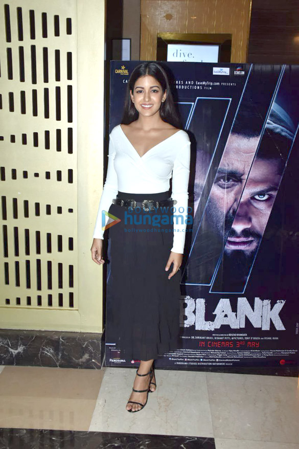 Celebs snapped at the special screening of 'Blank' (3)