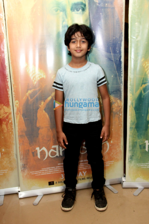 Photos Celebs snapped at the special screening of Nakkash (5)