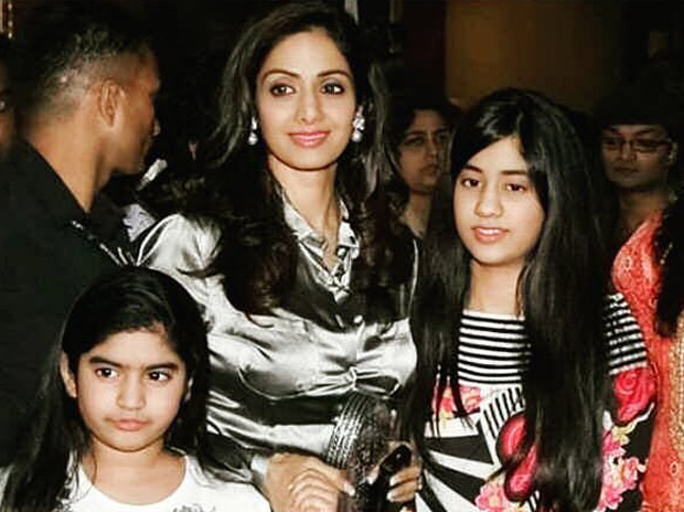 This throwback picture of Sridevi with daughters Janhvi Kapoor and Khushi Kapoor is going viral as social media fondly remembers her!