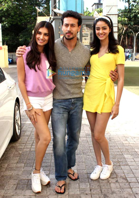 Tiger Shroff, Ananya Panday and Tara Sutaria snapped at PVR, Juhu (3)