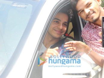Ishaan Khatter snapped at a signal in Bandra