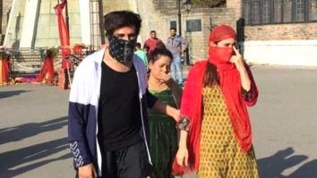 LEAKED PHOTOS & VIDEOS: Sara Ali Khan and Kartik Aaryan hide their faces while shooting in Shimla