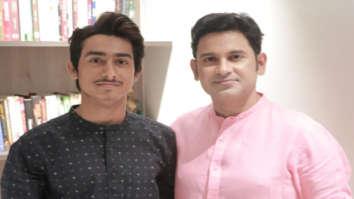 Lyricist Manoj Muntashir pens song for debutant Mohd Kalam